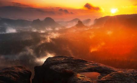 mountains-1885125_960_720