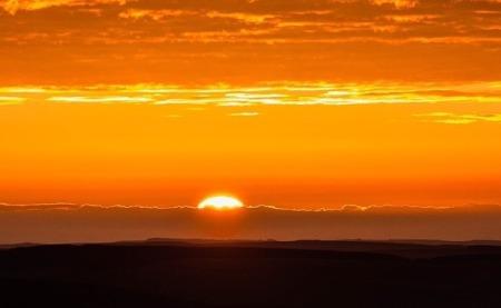 sunrise-1107408_960_720