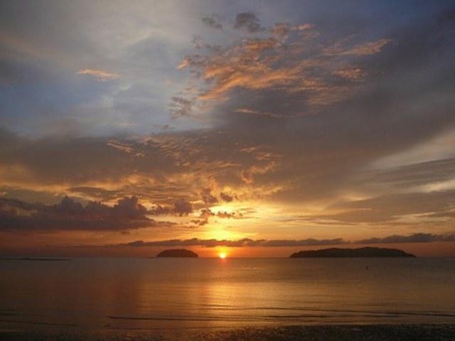 sunset-670098__340.jpg